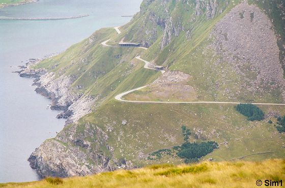 Winding roads at Vestkapp